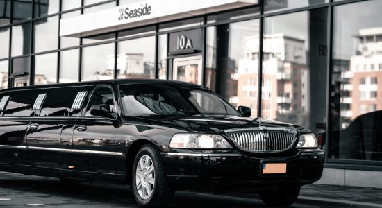 Lincoln Town Car (Mr Charles)